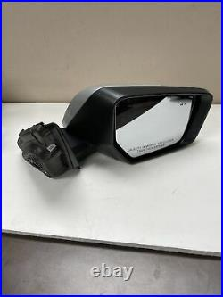 2014-2018 Chevy Impala RH Passenger Mirror WithTurn Signal WithBlind Spot OEM Silver